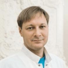 Врач невролог клиники «ТитАн» Титарчук Андрей Борисович