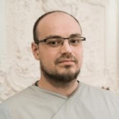 Невролог и мануальный терапевт клиники «ТитАн» Павел Юрасов
