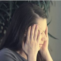 Мигрень – симптомы, причины и лечение